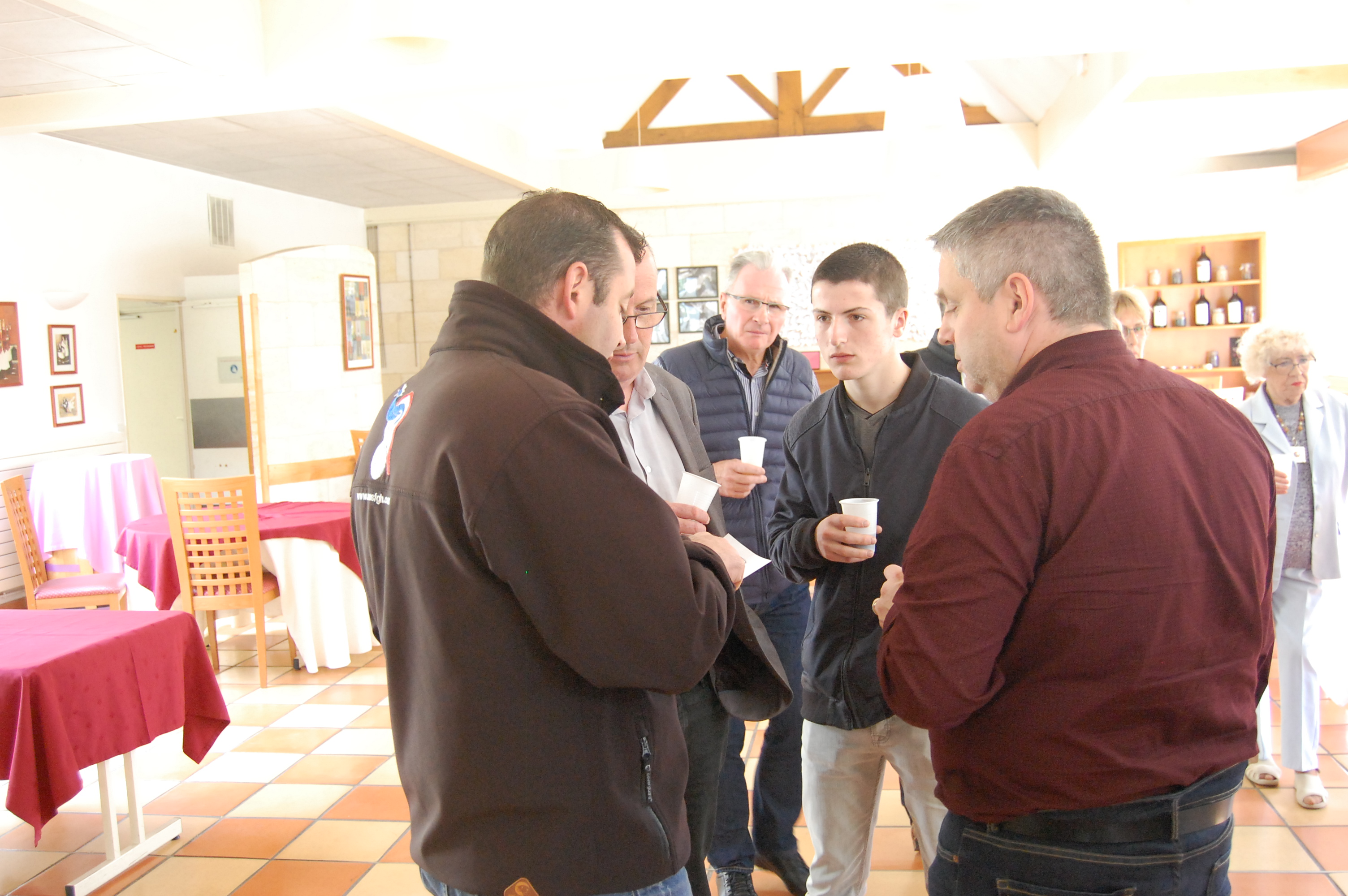 022 AG 2017 Blanquefort Repas samedi midi (6)